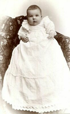 ANTIQUE CABINET PHOTO BABY w BEAUTIFUL VICTORIAN CHRISTENING GOWN by SWAIN of OH