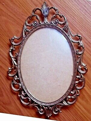Large Vtg Ornate Metal Brass Made in Italy Oval Picture Frame w/ Convex Glass