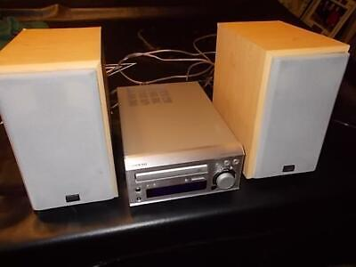 Onkyo CD Receiver CR-305TX Mini Hi-Fi System w/ Speakers