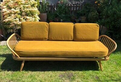 Lovely Vintage Retro Mid Century Ercol Studio Couch Daybed Original Covers