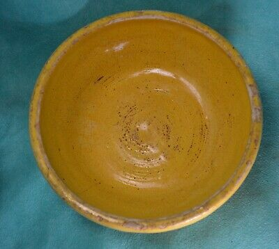Yellow Ware Bowl   USA Stoneware  Crockery Primitive farmhouse AGED