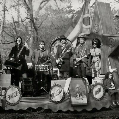 The Raconteurs - Consolers Of The Lonely [New Vinyl] Black, Gatefold LP Jacket,