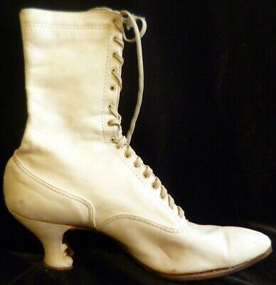 Vintage 1910s Edwardian WHITE LEATHER Lace Up Boots Size 6 Victorian