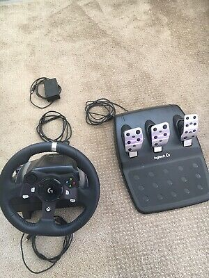 logitech g920 driving force racing wheel (Xbox One) Great Condition