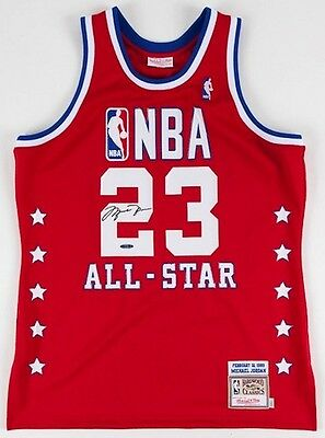 e01fe52eacd MICHAEL JORDAN UDA Certified Signed Autographed Official Game ...
