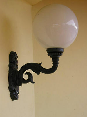 Large Victorian style wall cast iron lantern/lamp/light, home/garden/patio