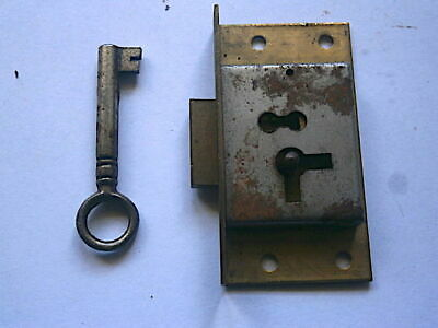 LONGCASE GRANDFATHER CLOCK  LOCK AND kEY   C1800