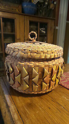 Vintage SWEET GRASS & BLACK ASH BASKET Handmade in Upper Pennisula,Michigan