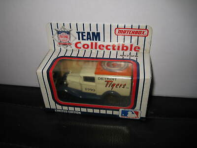MATCHBOX 1990 MLB Team Trucks in Display Case-W/Boxes 26 In