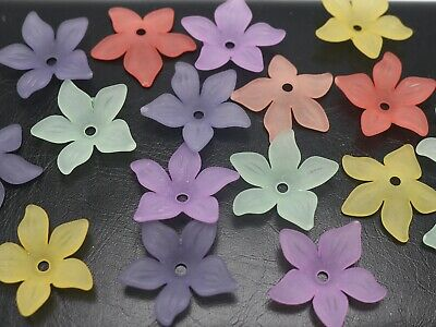 50 x Transparent Frosted Acrylic Flower Beads Random Mixed Color 33x8mm hole 2mm