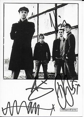 Travis Hand personally signed 6x4 Photocard