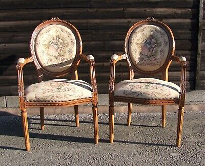 A Pair Of Louis Xv Style Vintage French Oak/Needlepoint Armchairs (Con1003)
