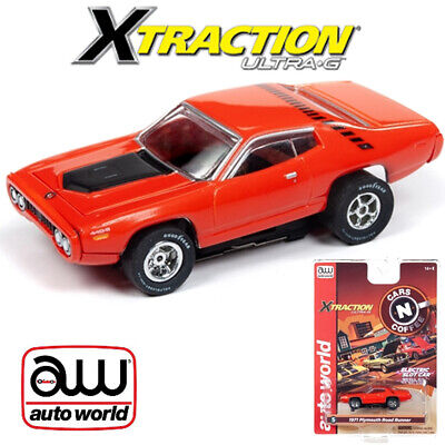 Auto World Xtraction R26 1971 Plymouth Road Runner Red 1:64 / HO Scale Slot Car