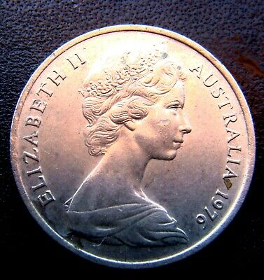 1976 Australia Queen Elizabeth II 5 cent Coin in Very Fine Grade