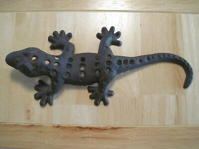 Rustic Cast Iron Rust Gecko/ Salamander Lizard Nautical Decor 11' Long