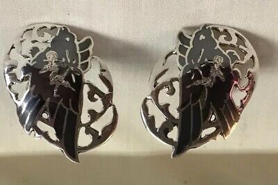 VINTAGE BLACK ENAMELED STERLING SILVER CLIP EARRINGS FROM SIAM  5.5 gr