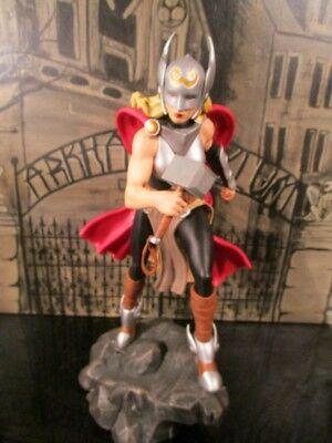 Diamond Select Toys Marvel Gallery Lady Thor PVC Figure~