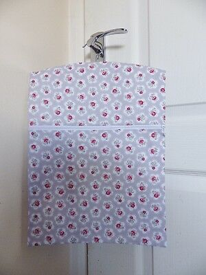 """Hand Made Peg / Hanging Storage Bag Lined/Zipped 12½"""" x 16"""" DAINTY FLOWERS TAUPE"""