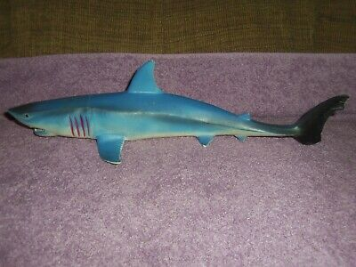 Vintage Jaws the movie great white shark 16.5 rubber jiggler type monster toy