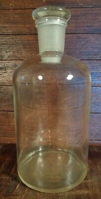 old TS 29 PYREX Glass LABORATORY or APOTHECARY BOTTLE JAR w/ Ground Fit Stopper