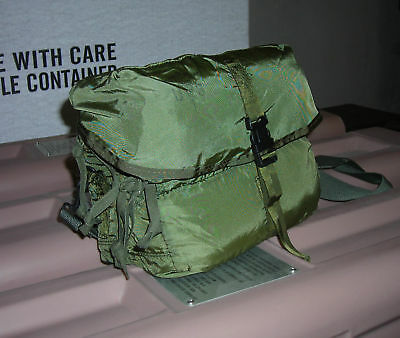 Genuine Us Army Cls Combat Life Saver M-3 Medical Bag Trifold Nylon New !!!