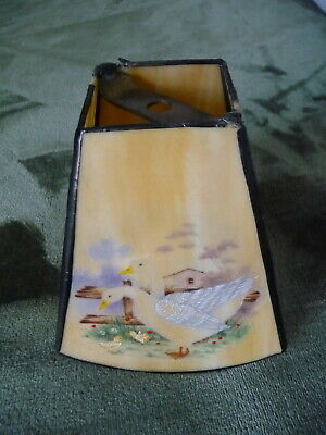 VINTAGE HAND PAINTED SLAG GLASS BRIDGE or HANGING LAMP SHADE GOOSE GEESE