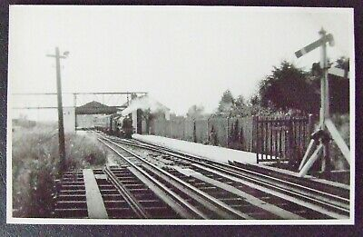 DYMCHURCH KENT~ RP POSTCARD~R D & H RAILWAY (Possibly HYTHE STATION) JUNE 1936