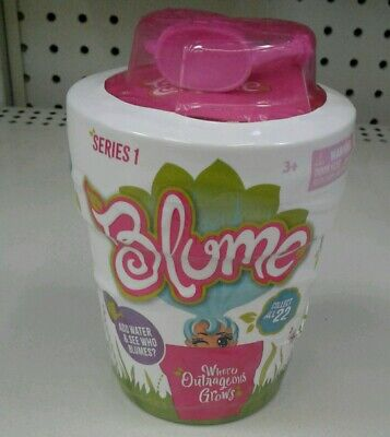 BLUME SURPRISE DOLLS Series 1 Add water and see who blooms 10 Surprises inside
