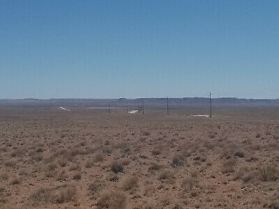 1.09 acre lot in Apache County, AZ (Adamana), 10 minutes from Petrified Forest!
