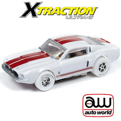 Auto World Xtraction R26 1967 Shelby GT 350 iWheels 1:64 / HO Scale Slot Car