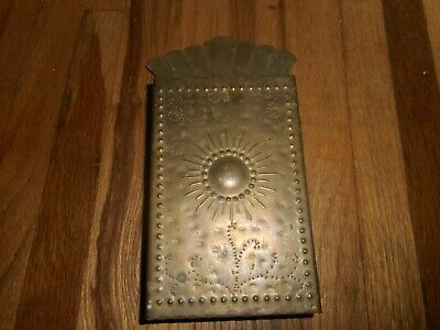 Vintage Brass Arts & Crafts Punched Hammered Handarbete Sweden Match Holder