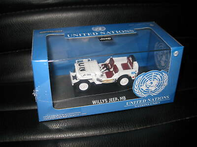 GREENLIGHT 86308 1:43 1944 JEEP WILLYS UNITED NATIONS UN WHITE W// CASE