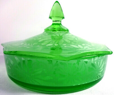 """1920s Green Satin Depression Glass Floral 7""""w Heptagon Lid Covered Candy Bowl"""