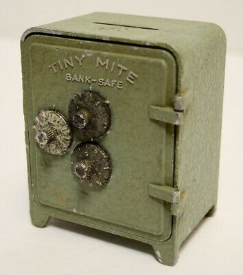 Hinge CRACK Bull's Eye Arrow Tiny Mite Toy Bank 3 Dial Combination lock Safe Vtg