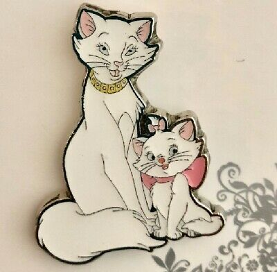 Disney The Aristocats White Kitten Marie and Elegant Duchess Cuddle pin