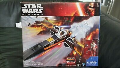Hasbro Star Wars The Force Awakens Poe's X-Wing Fighter With Poe Dameron Figure