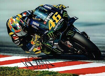 VALENTINO ROSSI Autograph 2019 SIGNED 16x12 Yamaha Photo 10 AFTAL COA VR46 Vale