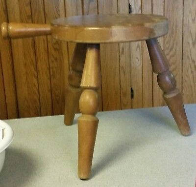 VINTAGE ANTIQUE WOOD MILKING STOOL WITH HANDLE 3 LEGGED Made in Japan