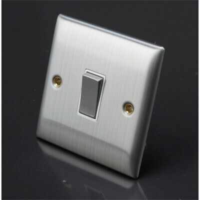 Lyvia Venetian 1 Gang Switch With White Insert, 1g