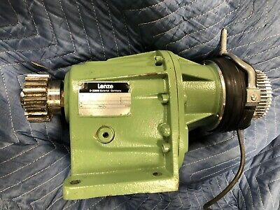 Elekta Oncology Lenze Two stage helical gearbox Motor