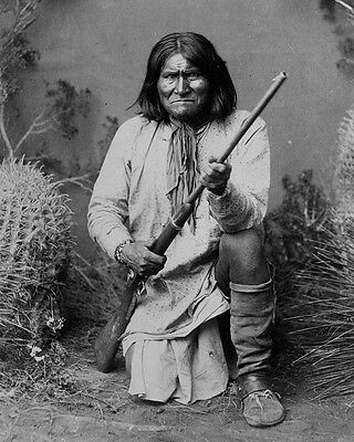 American Indian Apache leader Geronimo poses with rifle 1886 New 8x10 Photo