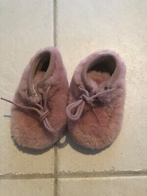 5e9956c94c5 UGG AUSTRALIA SIZE XS (0-6 Months) Sprout Brown Infants Baby Shoe ...