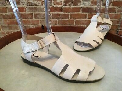 Fly London Fely Off White Leather T-Strap Sandals 40 9-9.5 NEW