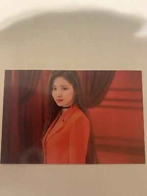 Twice Lights/Twicelights World Tour 2019 Official Trading Photo Card - Tzuyu