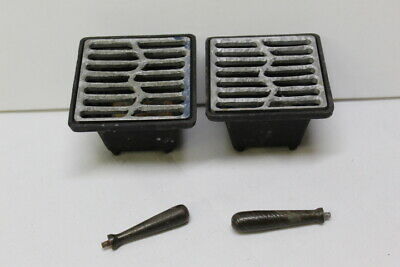 """Miniature Hibachi Grill Japan Set of 2 Iron w/ Grate & Handle 4""""x 4"""" Tabletop"""