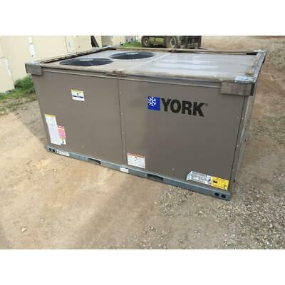 York Xye07A4C1Aa1A111A2 6 Ton Convertible Rooftop Heat Pump Ac, 12 Eer 3-Phase