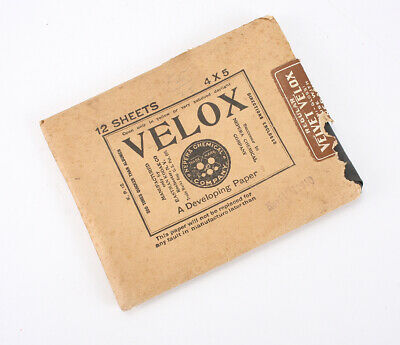 KODAK 4X5 VELOX PAPER, EXPIRED NOV 1922, SOLD FOR PACKAGING ONLY/cks/211094
