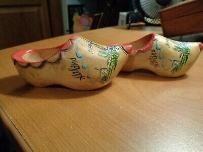 Collectible Wooden Holland Windmill Shoes/ Clogs Minature   GC