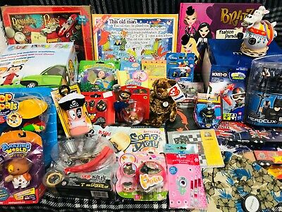 JOB LOT OF 30 VARIOUS TOYS - suitable for market trader / car booter - LOT B