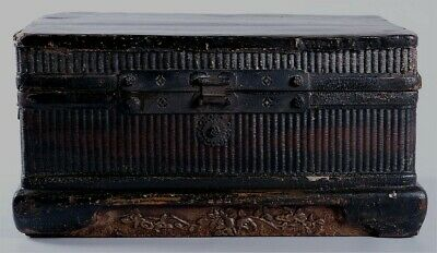 chinese antique lacquered chest or bookcase, 17th century, about 50cm width